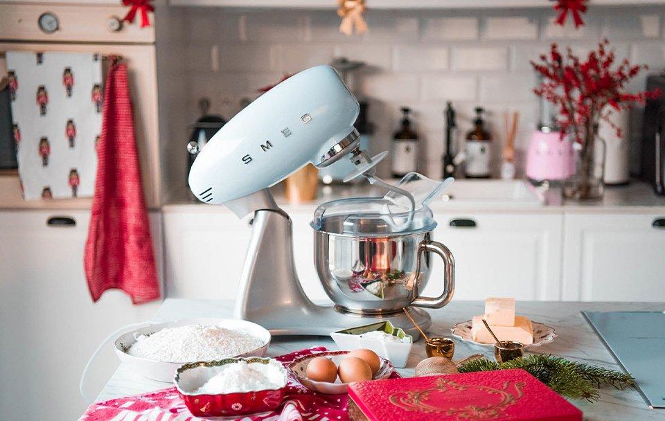 robot patissier SMEG SMF02 cuisine